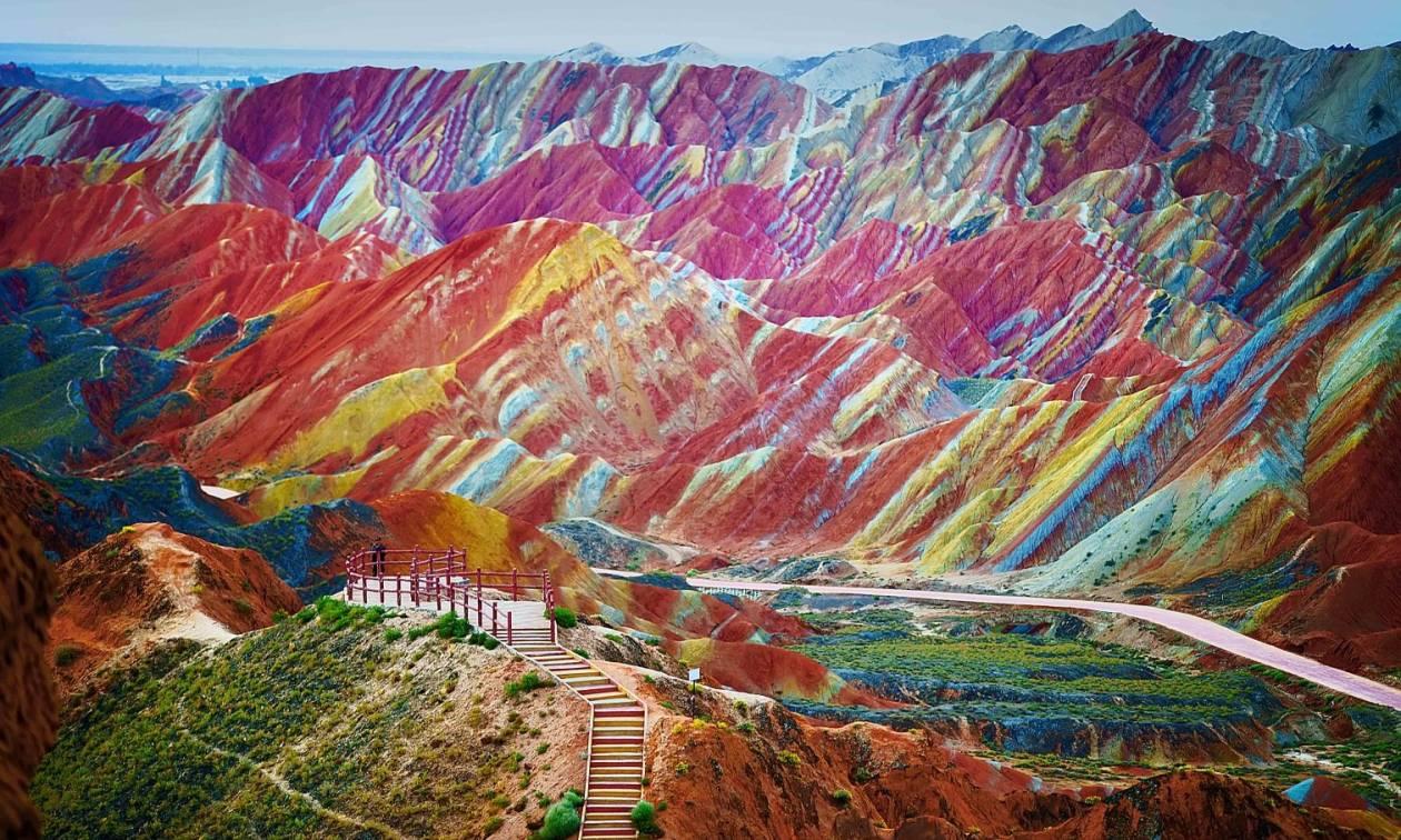 Είναι αυτό το πιο πολύχρωμο μέρος του κόσμου; (photos)