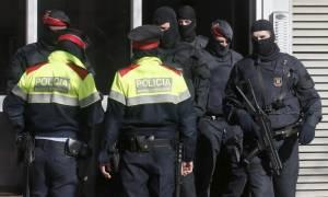 Ισπανία: Προσποιήθηκε ότι... έπεσε θύμα απαγωγής, για να αποσπάσει χρήματα από τη μητέρα του
