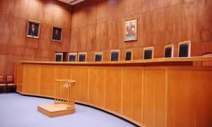Η κυβέρνηση «εκδικείται» τους δικαστές: Ξαφνικά επιβάλλει έκτακτη εισφορά στα αναδρομικά τους