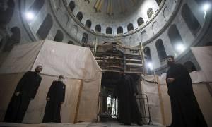Παγκόσμιο δέος: O τάφος του Ιησού εκπέμπει μήνυμα Ανάστασης και ελπίδας