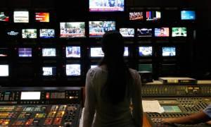 Τηλεοπτικές άδειες: Τι λέει το περιβάλλον Παππά για το νόμο - γέφυρα και το ΕΣΡ