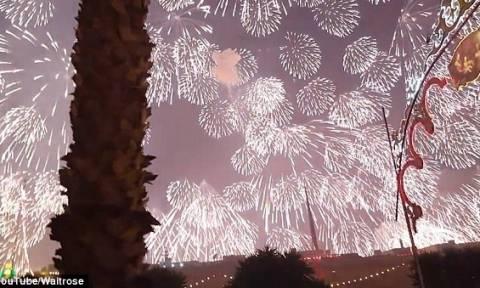 Θα σας κόψει την ανάσα: Με ένα πυροτέχνημα φωτίζεται όλος ο νυχτερινός ουρανός της Μάλτας (video)