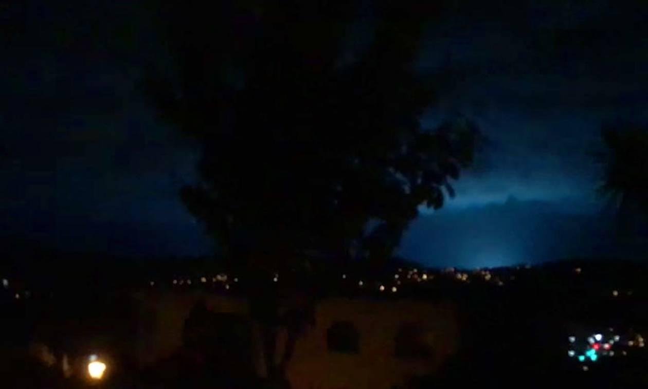 ν ζηλανδια News: Ν. Ζηλανδία: Παράξενες λάμψεις φώτισαν τον ουρανό κατά τη