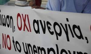 Εργασιακή «ομηρία»: Ούτε άνεργοι, ούτε εργαζόμενοι οι μισοί Nεοέλληνες!