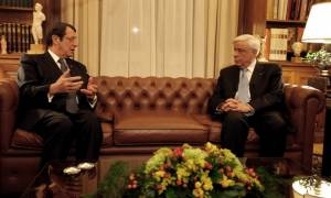 Κυπριακό - Παυλόπουλος σε Αναστασιάδη: Είμαστε δίπλα σας