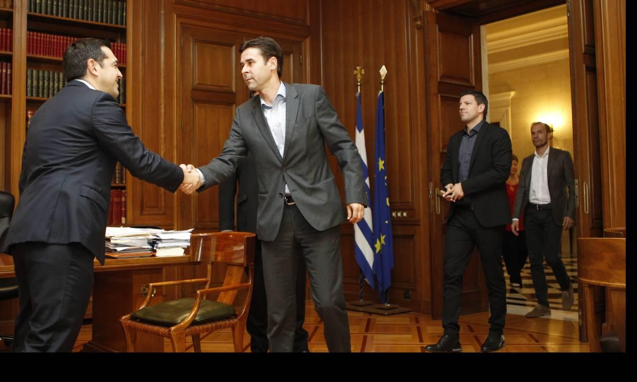 Τσίπρας στους πρωταθλητές Ευρώπης του 2004: Θα κάνουμε τομές στο ελληνικό ποδόσφαιρο