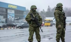 «Κατάφωρη πρόκληση» της Ουκρανίας καταγγέλλει η Μόσχα: Συνέλαβαν Ρώσους στρατιωτικούς στην Κριμαία