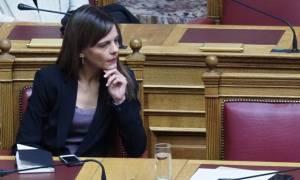 Έφη Αχτσιόγλου: Η υπουργός Εργασίας με το... αντιμνημονιακό παρελθόν! (vds)