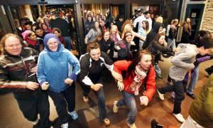 Black Friday Ελλάδα 2016: Χαμός για τη Μαύρη Παρασκευή - Όλα όσα πρέπει να γνωρίζετε