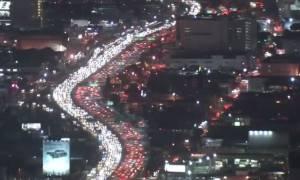 ΗΠΑ: Ο εφιάλτης στο δρόμο για τη γαλοπούλα - Απίστευτο μποτιλιάρισμα την Ημέρα των Ευχαριστιών (vid)