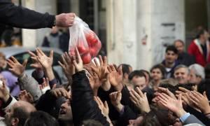 ΟΟΣΑ: Τριπλασιάστηκαν οι φτωχοί στην Ελλάδα τα χρόνια του Μνημονίου