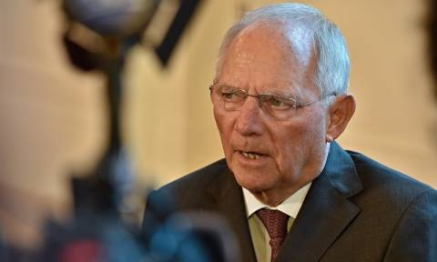Schaeuble agrees on short-term measures for debt relief