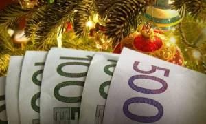 Δώρο Χριστουγέννων: Μέχρι πότε πρέπει να καταβληθεί - Υπολογίστε με ένα κλικ πόσα θα πάρετε
