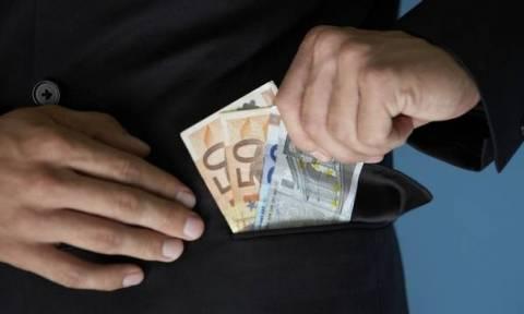 Απίστευτο ποσό έκλεψε υπάλληλος εστιατορίου στην Αγία Νάπα! Άδειασε το ταμείο κι έγινε καπνός