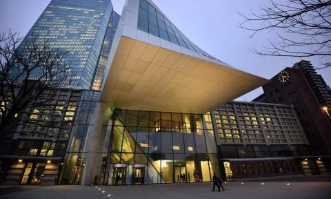 ΕΚΤ: Σήμερα οι αποφάσεις για επέκταση του προγράμματος αγορών ομολόγων