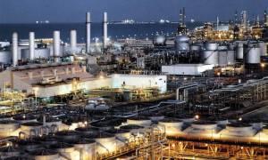 Σύνοδο κορυφής σχεδιάζουν Βενεζουέλα και Ιράν για τις τιμές του πετρελαίου