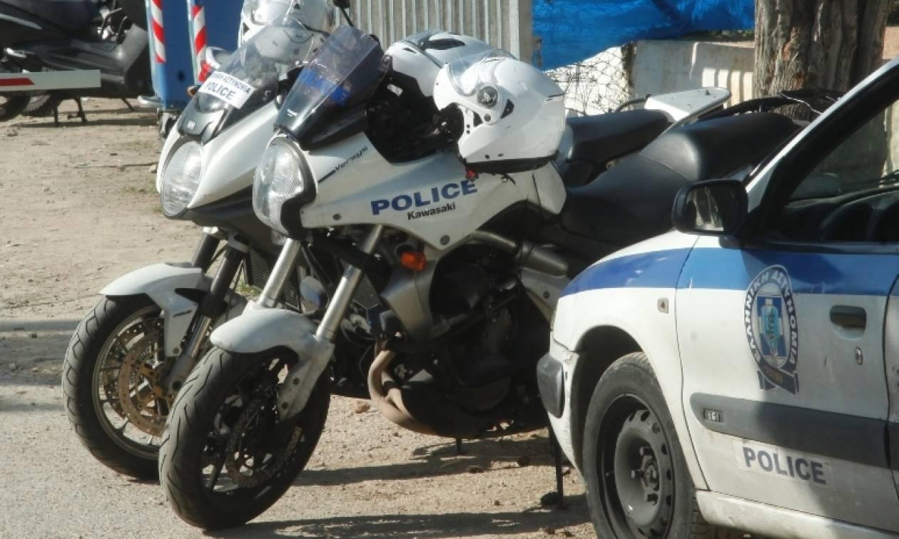 Θεσσαλονίκη: «Βγήκαν μαχαίρια» σε καφετέρια - Άγριος τσακωμός μεταξύ θαμώνων