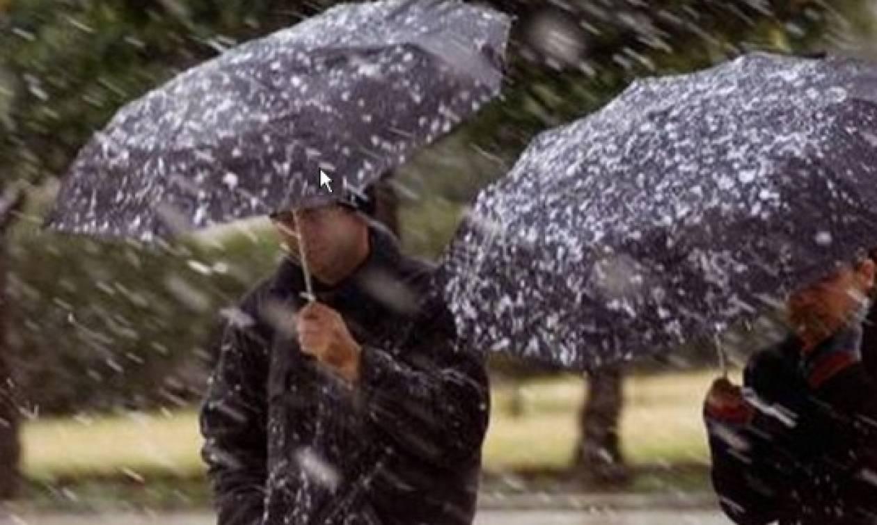Καιρός: Σταδιακή μεταβολή με πτώση της θερμοκρασίας βροχές και χιόνια την Τρίτη (13/12)