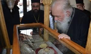 Ο Αρχιεπίσκοπος Ιερώνυμος στον ναό της Παναγίας Φανερωμένης Νέας Ηρακλείτσας