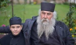 Εφορεία Αθωνιάδος Σχολής:  Δεν είναι μοναχός ο 12χρονος