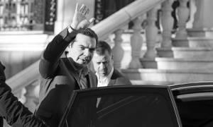 Δημοψήφισμα ή Εκλογές; Ο Αλέξης Τσίπρας αναζητά αφήγημα για να εγκαταλείψει την εξουσία