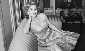 Πέθανε η θρυλική ηθοποιός του Χόλιγουντ Ζα Ζα Γκαμπόρ (pics)