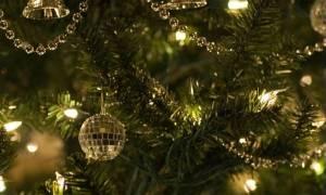 Εσείς γνωρίζετε ότι το Χριστουγεννιάτικο δέντρο είναι ελληνικό έθιμο;