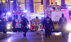 Τρομοκρατική επίθεση Βερολίνο: Η αστυνομία καλεί τους πολίτες να παραμείνουν στα σπίτια τους