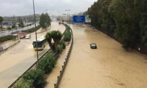 Ισπανία: Τρεις νεκροί από τις κατακλυσμιαίες πλημμύρες που σαρώνουν τα ανατολικά της χώρας (videos)