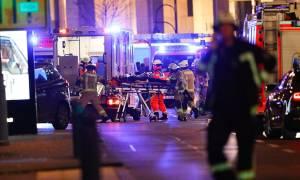 Τρομοκρατική επίθεση Βερολίνο: Πού στρέφονται οι έρευνες