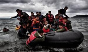 Συνολικά 102 νέοι πρόσφυγες και μετανάστες πέρασαν το τελευταίο 24ωρο στα νησιά του βόρειου Αιγαίου