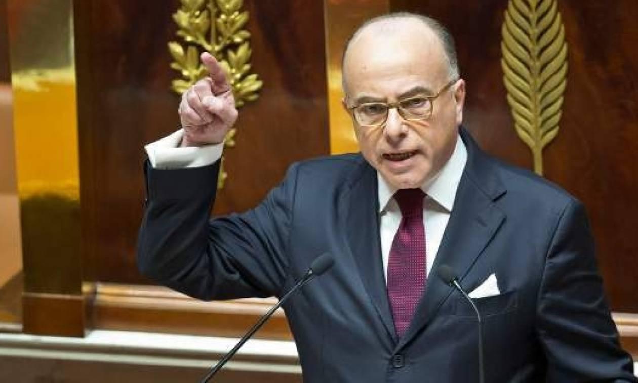 Ο Γάλλος πρωθυπουργός στηρίζει τον Αλέξη Τσίπρα και τα «δώρα» του