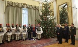 Χριστούγεννα 2016: Τα κάλαντα των Χριστουγέννων στην πολιτειακή και πολιτική ηγεσία