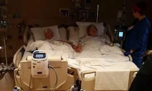 Συγκίνηση: Έζησαν 64 χρόνια μαζί και «έφυγαν» κρατώντας ο ένας το χέρι του άλλου (pics)