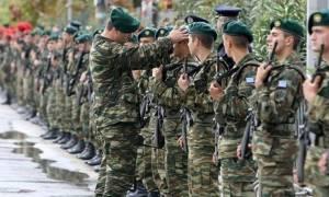 Στρατιωτική θητεία: Τα κίνητρα για στράτευση στα 18 και ο αποκλεισμός των παχύσαρκων
