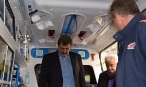 Ο Παύλος Πολάκης επισκέφθηκε το ΕΚΑΒ