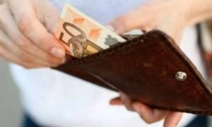 Η εβδομάδα «αφαίμαξης» των Ελλήνων: Ένας φόρος... κάθε μέρα!