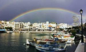 Εντυπωσιακό ουράνιο τόξο στον ουρανό της Κρήτης (pic)