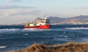 Κακοκαιρία: Οι καιρικές συνθήκες εμποδίζουν την απομάκρυνσης του τουρκικού πλοίου «ALCATRAS»