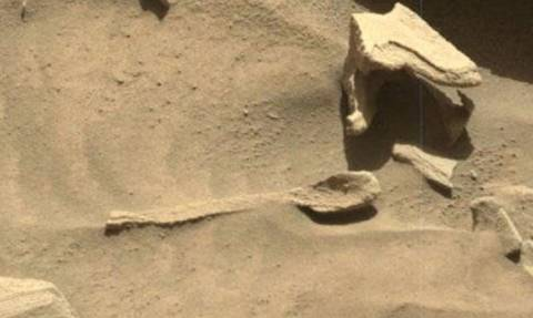 Είδηση-Βόμβα: Τι κάνει ένα κουτάλι στον πλανήτη Άρη; Δείτε φωτογραφίες και βίντεο!