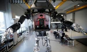 Ο Ironman είναι πραγματικότητα: Αυτό είναι το πρώτο επανδρωμένο ρομπότ στον κόσμο! (vid)