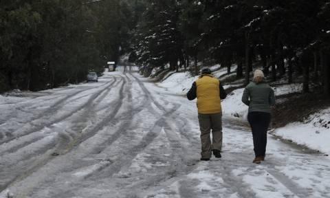 Καιρός Live: Ένας νεκρός από την κακοκαιρία - Θα χιονίσει πάλι στο κέντρο της Αθήνας