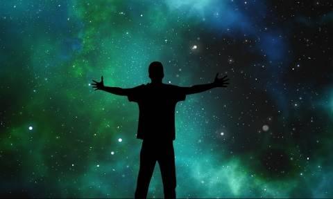 Άνθρωποι στέλνουν μηνύματα στους εξωγήινους - «Θα μας θεωρήσουν... βακτήρια», υποστηρίζει ο Χόκινγκ!