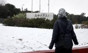 Καιρός live: Χιόνια ακόμα και στο κέντρο της Αθήνας