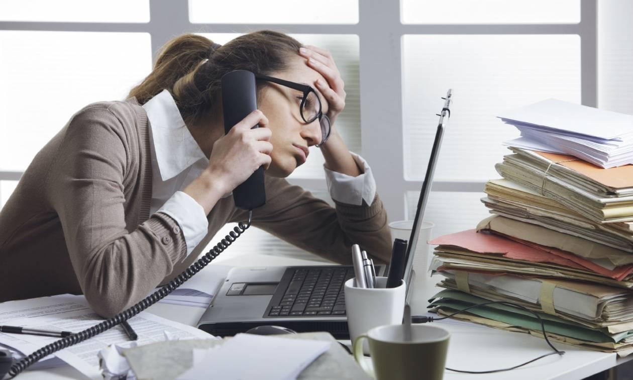 Η εργασιακή ανασφάλεια αυξάνει τον κίνδυνο άσθματος