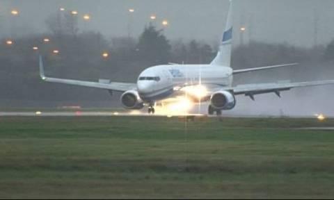 Aεροσκάφος με 187 επιβάτες με προορισμό τη Λάρνακα έκανε αναγκαστική προσγείωση στη Πολωνία