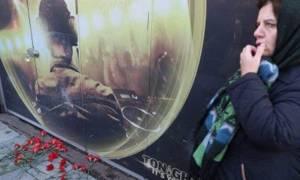 Επίθεση στην Κωνσταντινούπολη: Η προφητική αφίσα έξω από το Ρέινα που προκαλεί ανατριχίλα (photo)