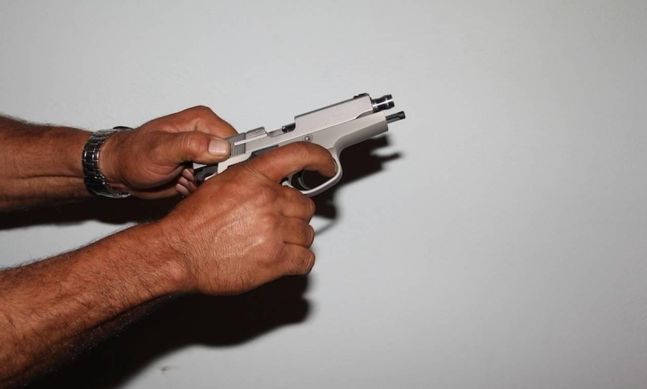 Καβάλα: «Τράβηξε» όπλο για τον λογαριασμό