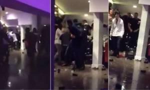«Αφήνιασαν» πελάτες σε εστιατόριο λίγο πριν την Πρωτοχρονιά: Βροχή οι καρέκλες και τα τραπέζια (vid)