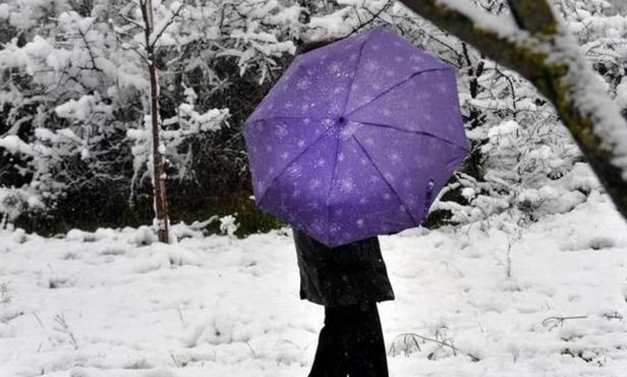 Καιρός – Προσοχή: Χιονιάς θα σαρώσει σε λίγες ώρες τη χώρα - Πού θα το «στρώσει»